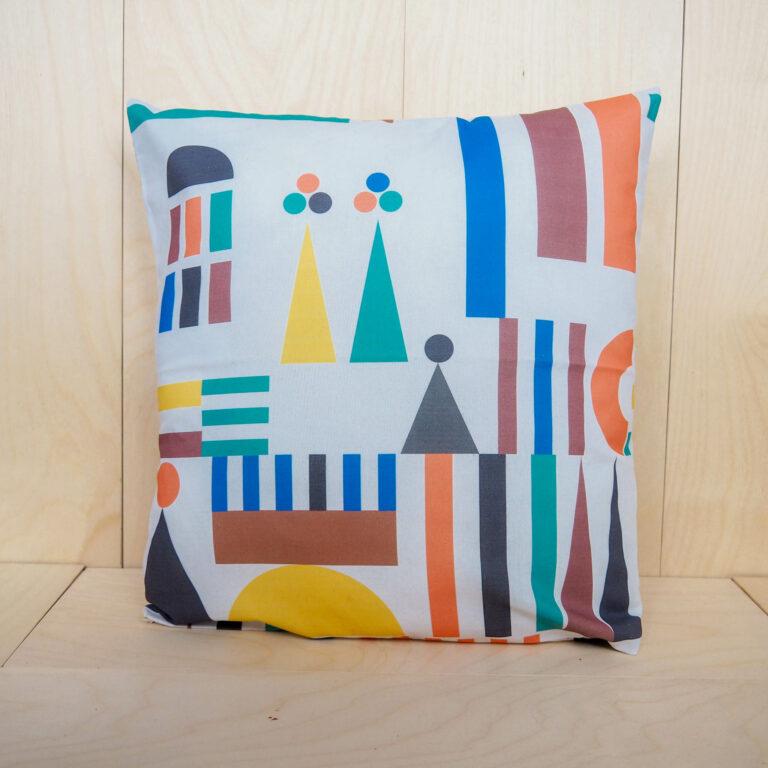 dekorativní polštář barevný